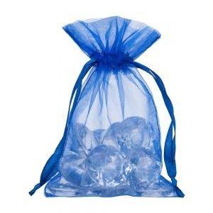 Pequenos sacos de organza